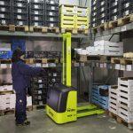 Electric Pallet Stacker Truck 1000kg Storeroom